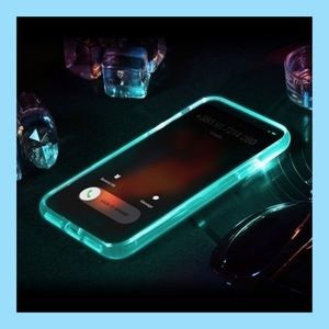 Accessories - ❗️NEW❗️LED Light Up Phone Case📱
